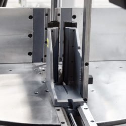 halvautomatisk bandsåg construction-820-450-DGS detalj 3