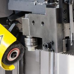 halvautomatisk bandsåg construction-820-450-DGS detalj